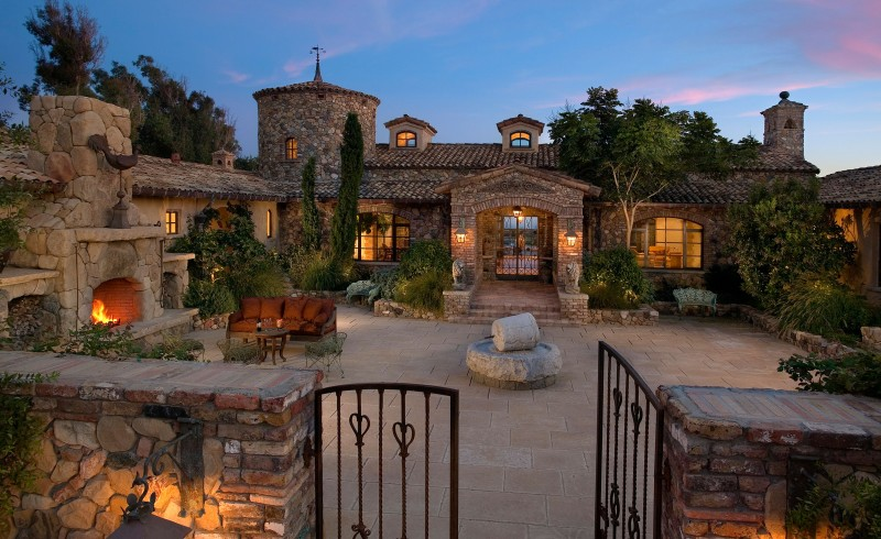 Tuscan Farmhouse on the Santa Barbara Coast