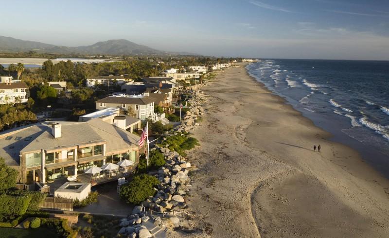 Beachfront Contemporary Dream House